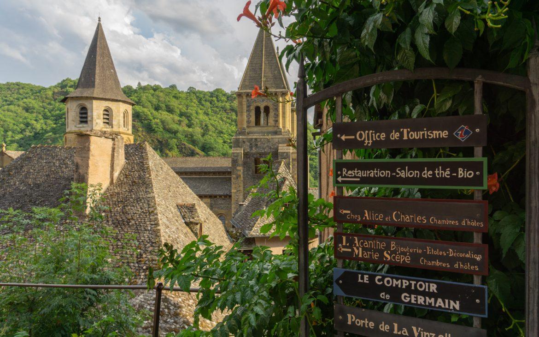 Abbatiale Sainte Foy village médiéval Conques