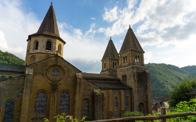 À la découverte de : Conques, ravissant village médiéval