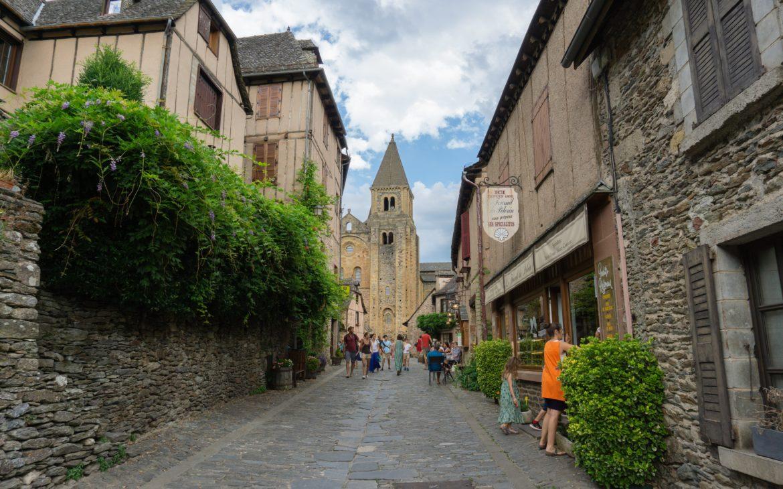 Village médiéval de Conques Abbaye Sainte-Foy