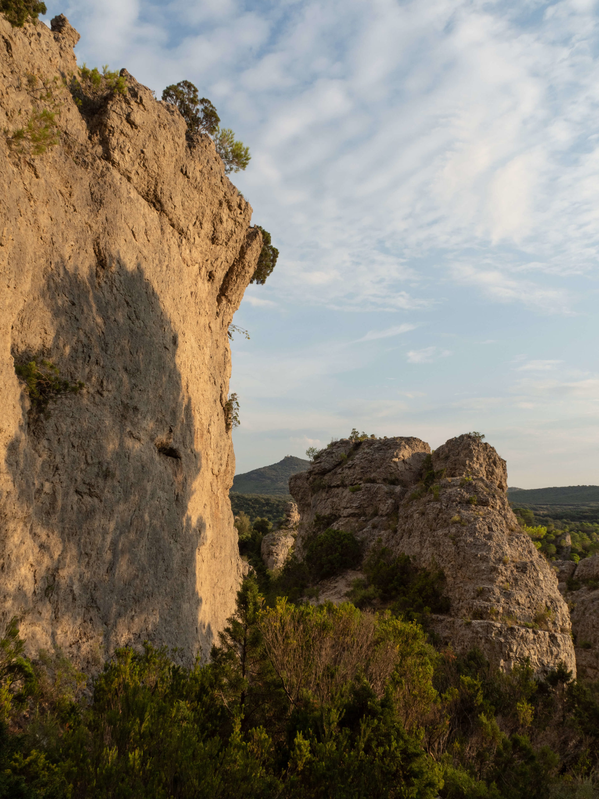 randonnée cirque de mourèze dolomites languedoc roussillon meeriwild
