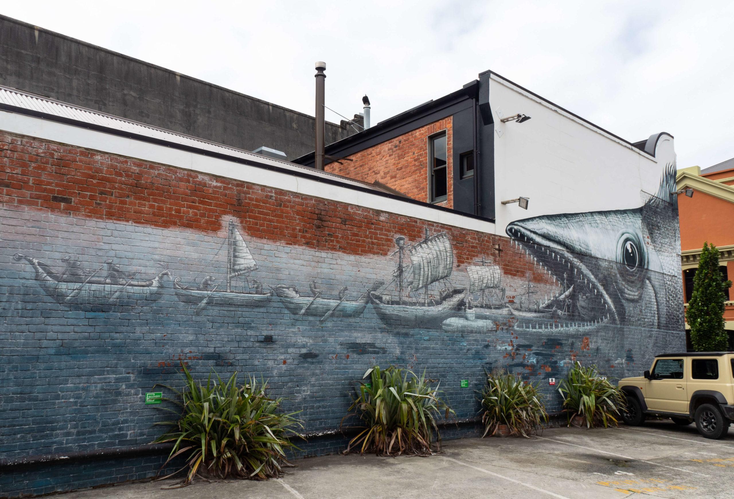 Bateaux et poisson street art trail Dunedin