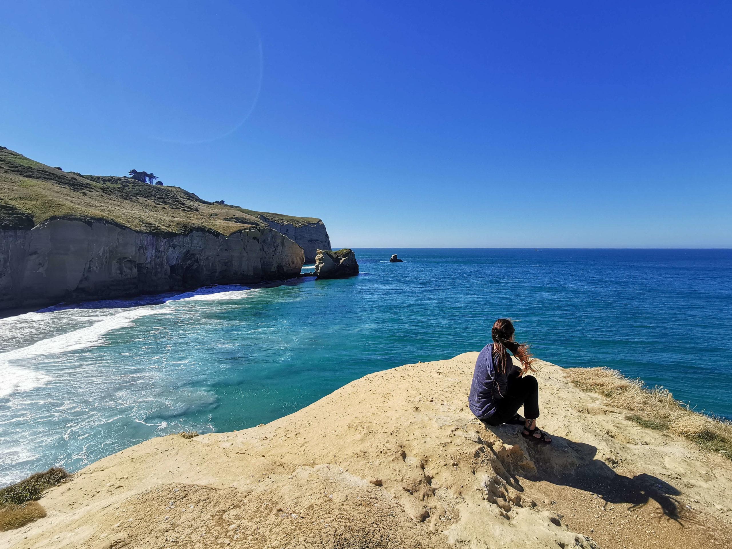 Meeriwild sur falaise Tunnel beach Nouvelle-Zélande